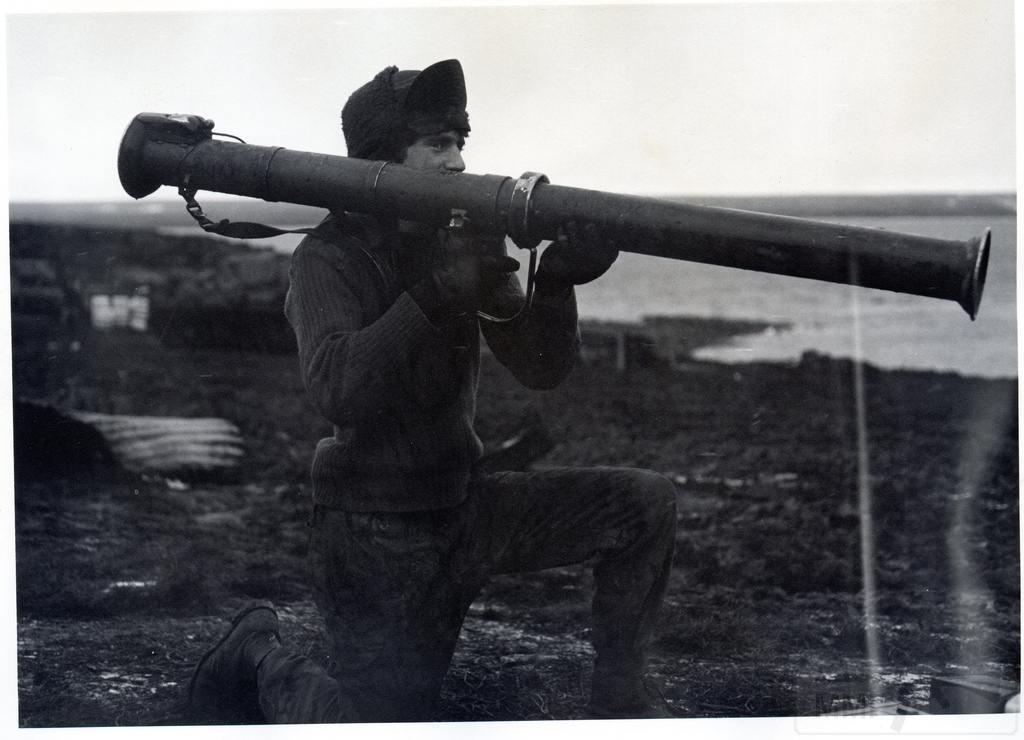11913 - Фолклендская война