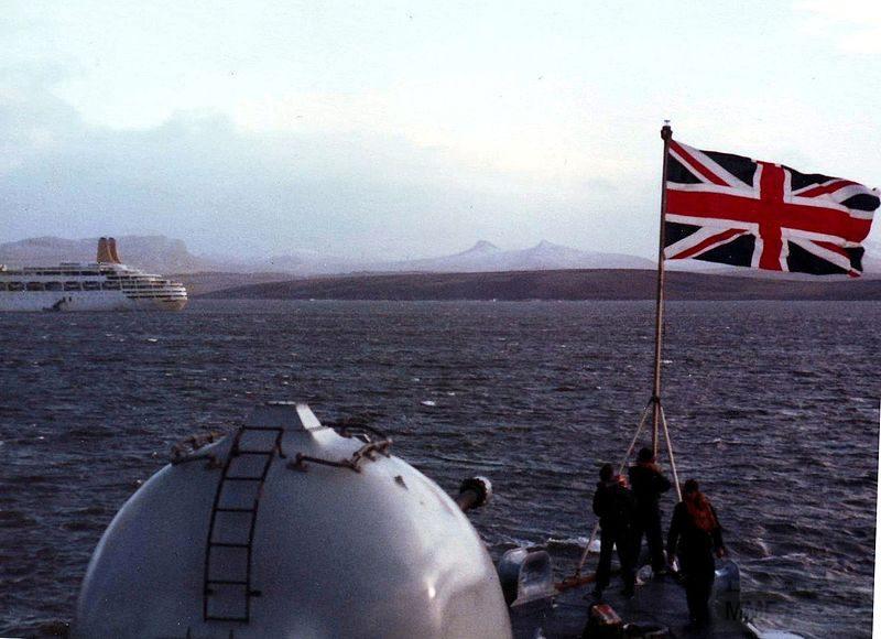 11916 - Фолклендская война
