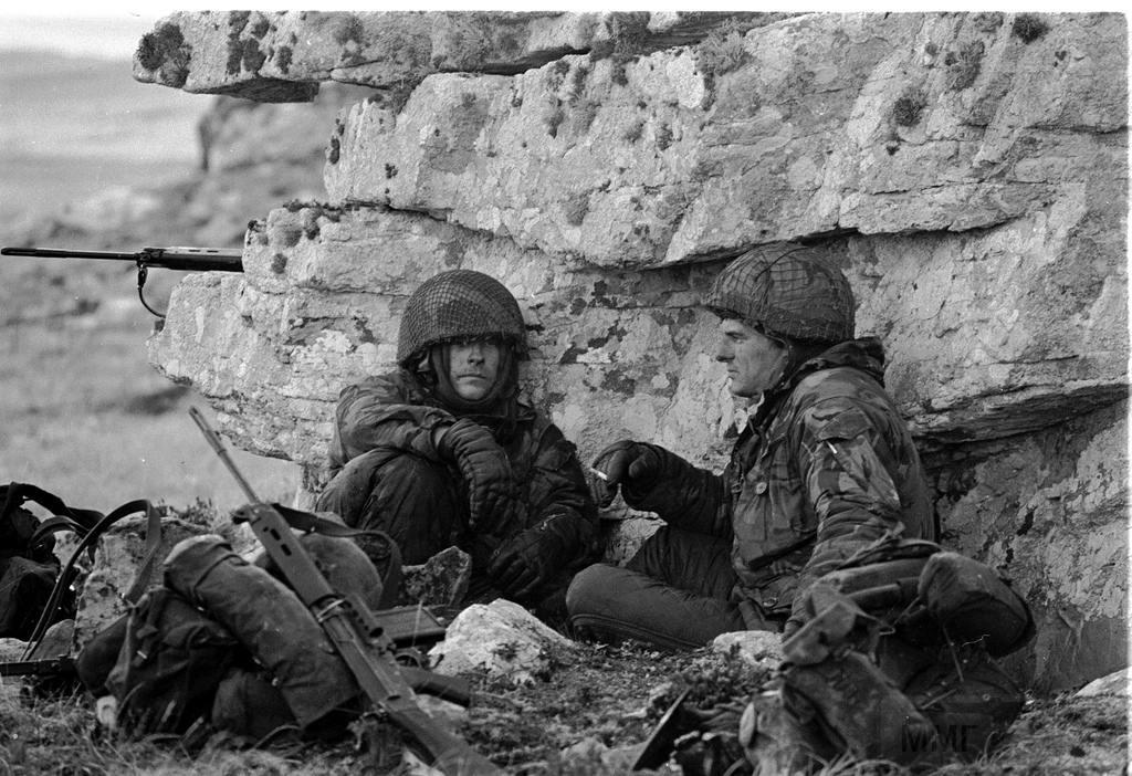 12045 - Фолклендская война