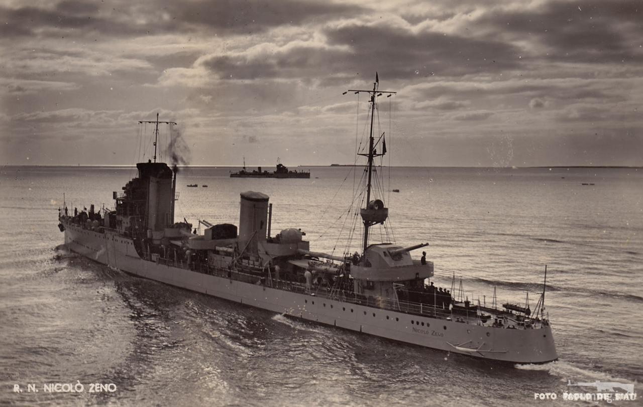 121081 - Regia Marina - Italian Battleships Littorio Class и другие...