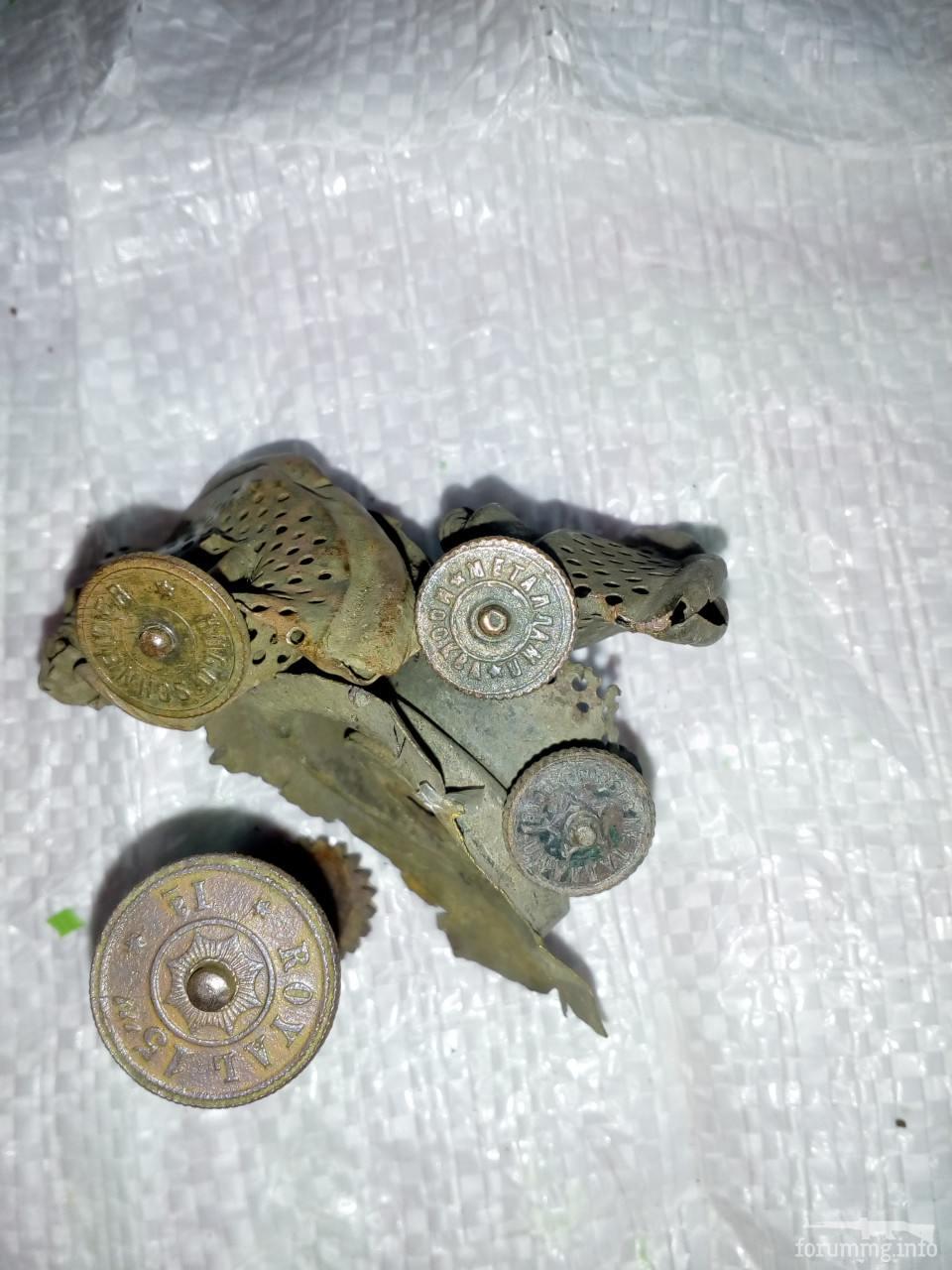 121365 - колесики к керосиновым лампам...может кому нужны в коллекцию?