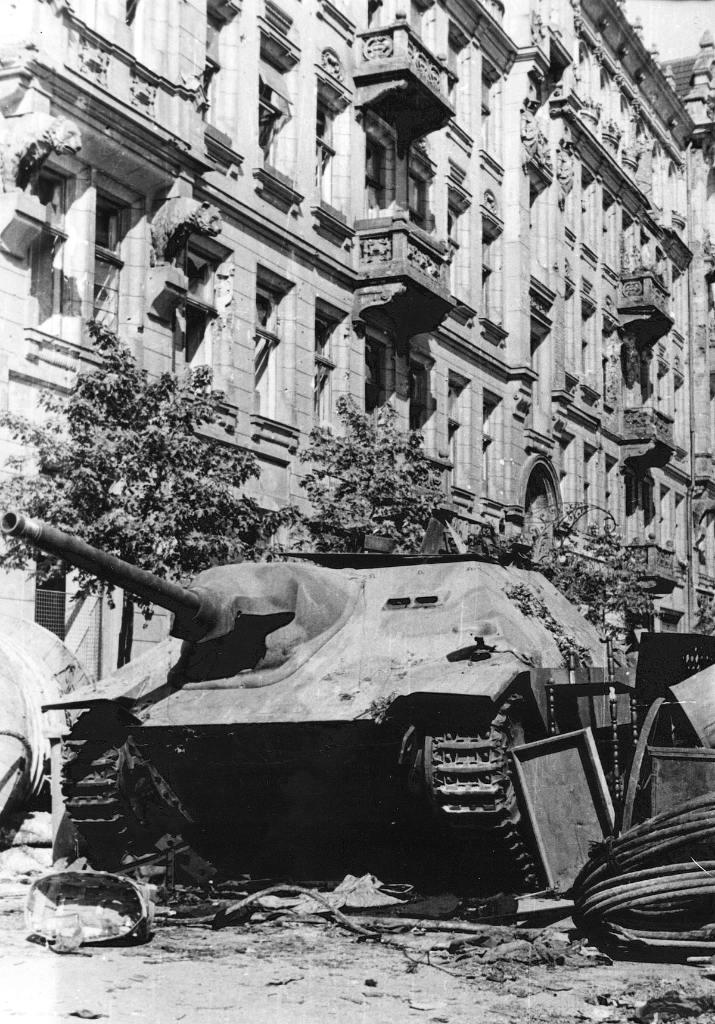 12200 - Achtung Panzer!