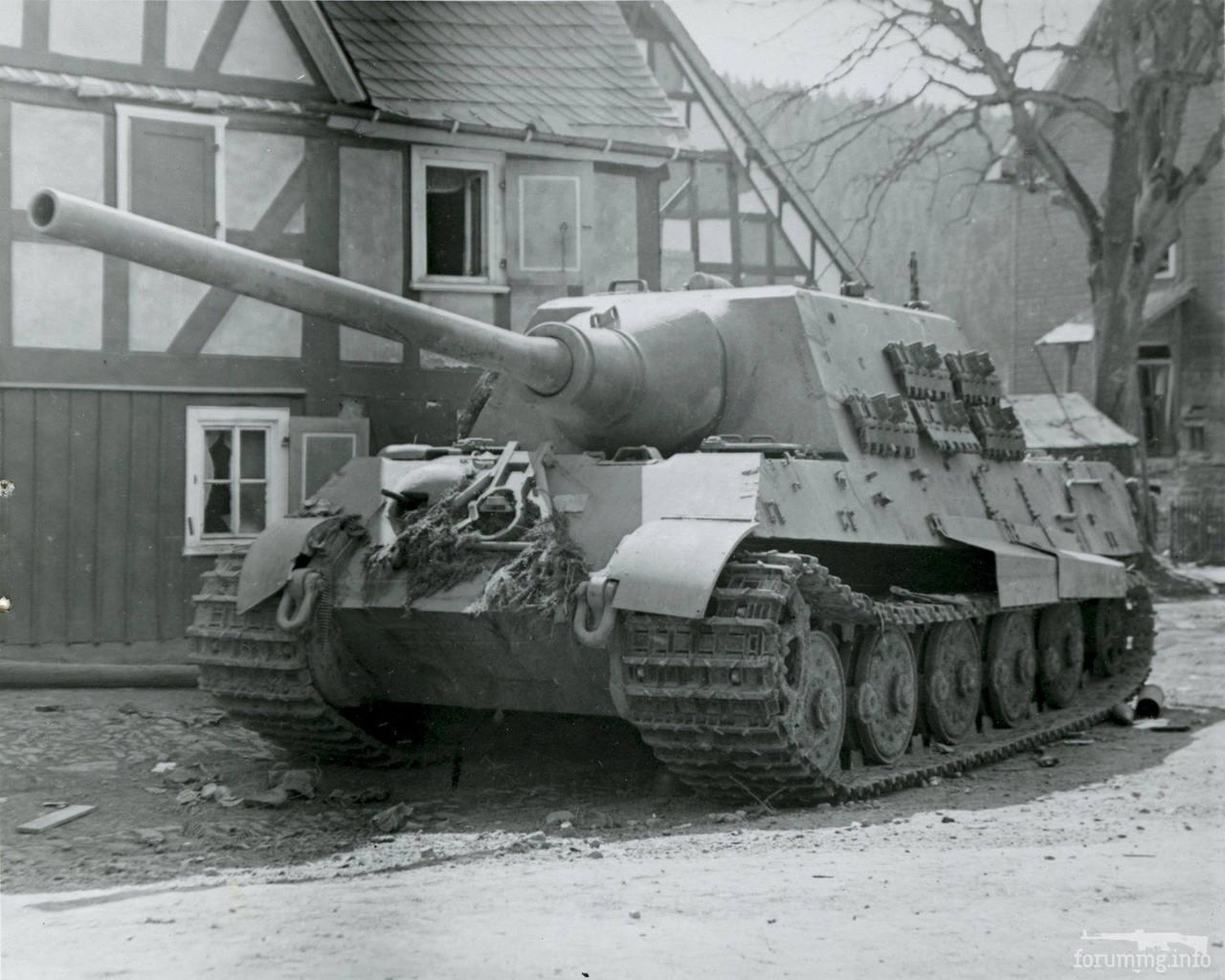 122002 - Achtung Panzer!