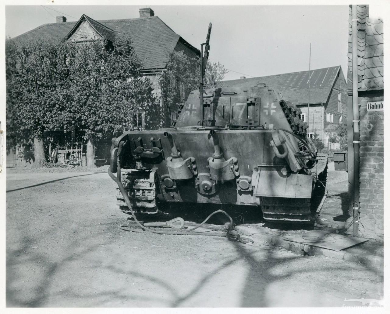 122005 - Achtung Panzer!