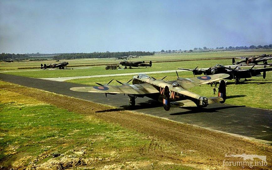 122957 - Стратегические бомбардировки Германии и Японии