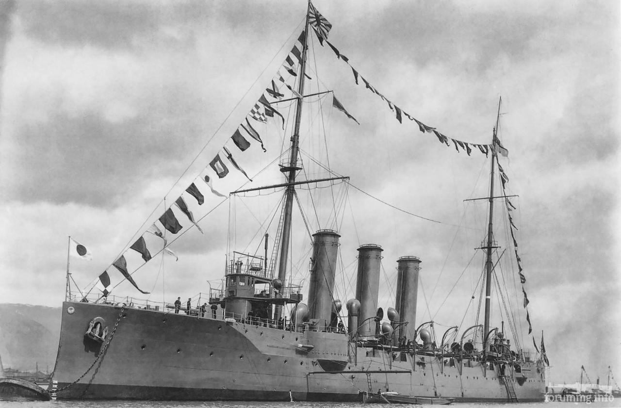 124747 - Бронепалубный крейсер IJN Niitaka в Кобе, 8 марта 1906 г.