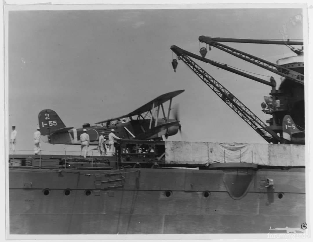 124748 - Старт дальнего разведчика Kawanishi E7K2 с катапульты гидроавианосца IJN Mizuho, Циндао, 1939 г.