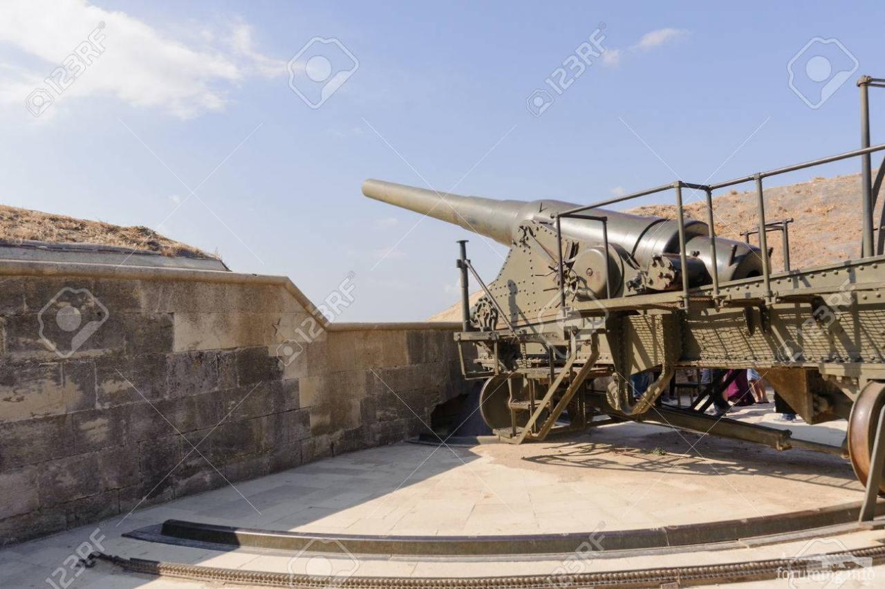 124766 - Корабельные пушки-монстры в музеях и во дворах...