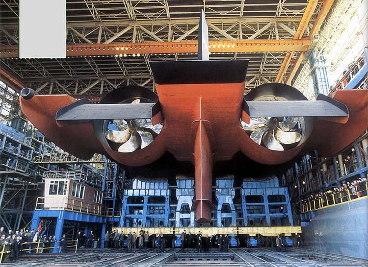 12487 - Атомные субмарины.