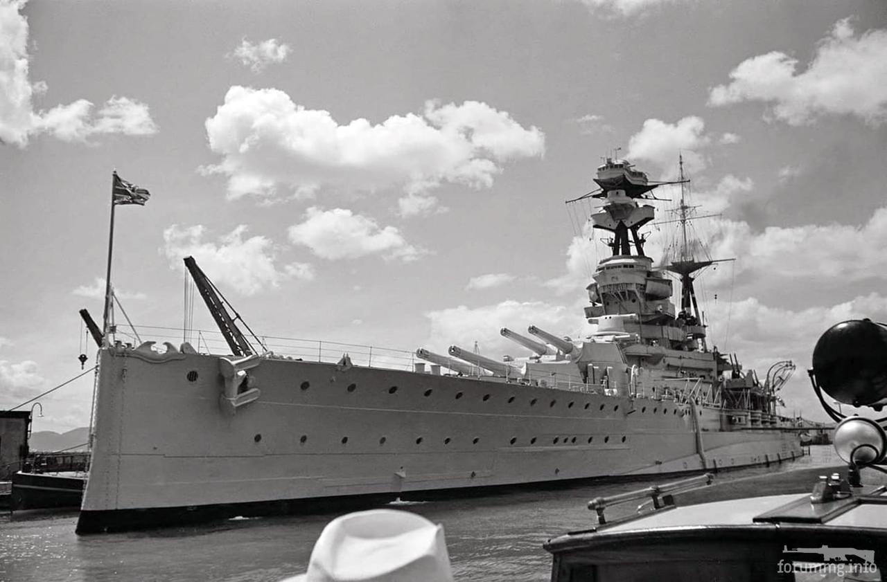 124973 - Линкор HMS Ramillies в Гибралтаре, 26 мая 1939 г.