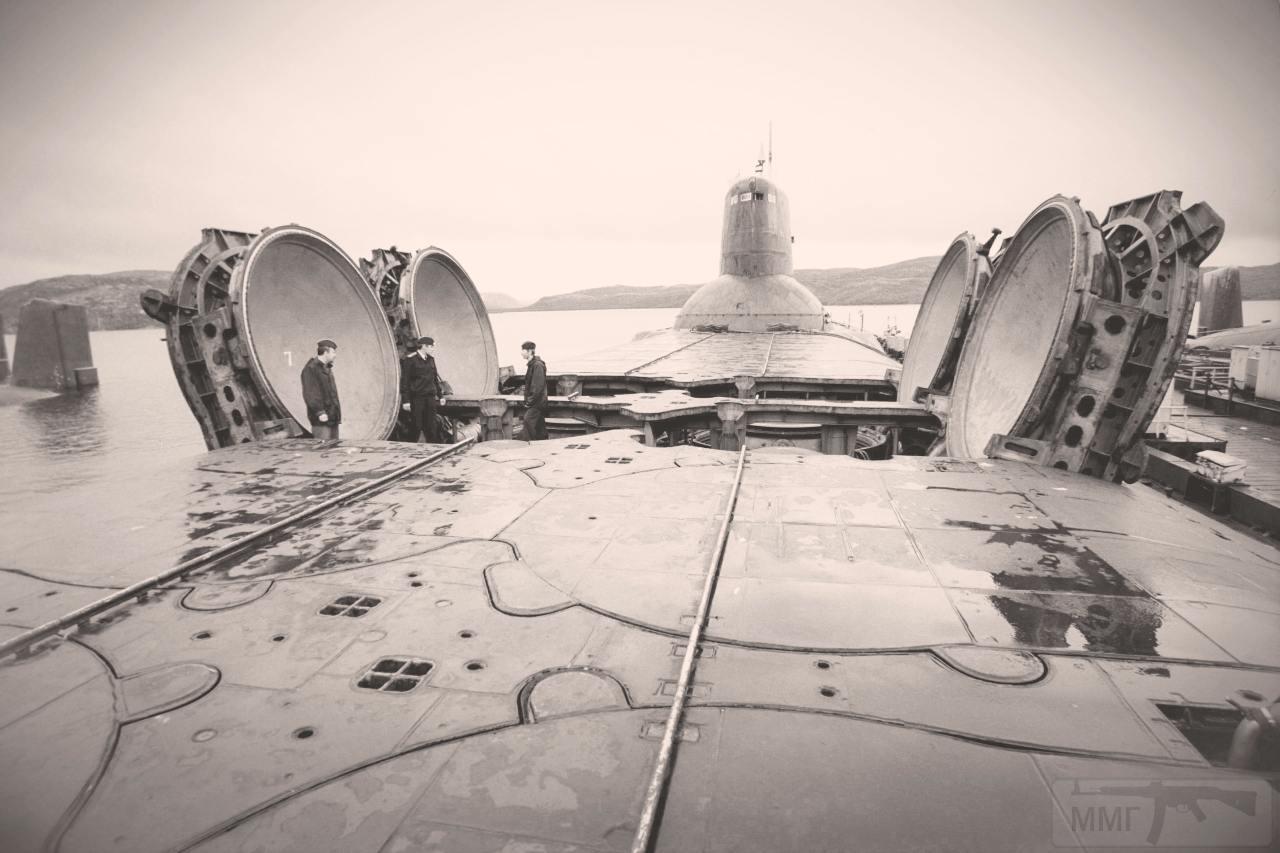 12584 - Атомные субмарины.