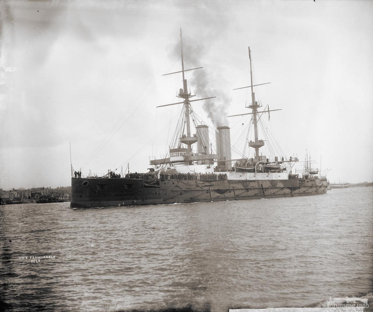 127156 - Броненосец HMS Formidable в викторианской расцветке.