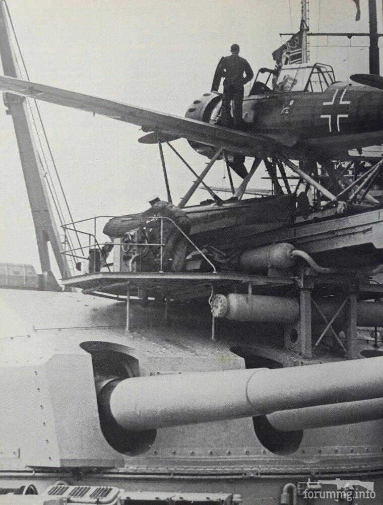 127591 - Гидросамолет-разведчик Arado Ar 196 на башенной катапульте линкора Gneisenau, 1939 г.