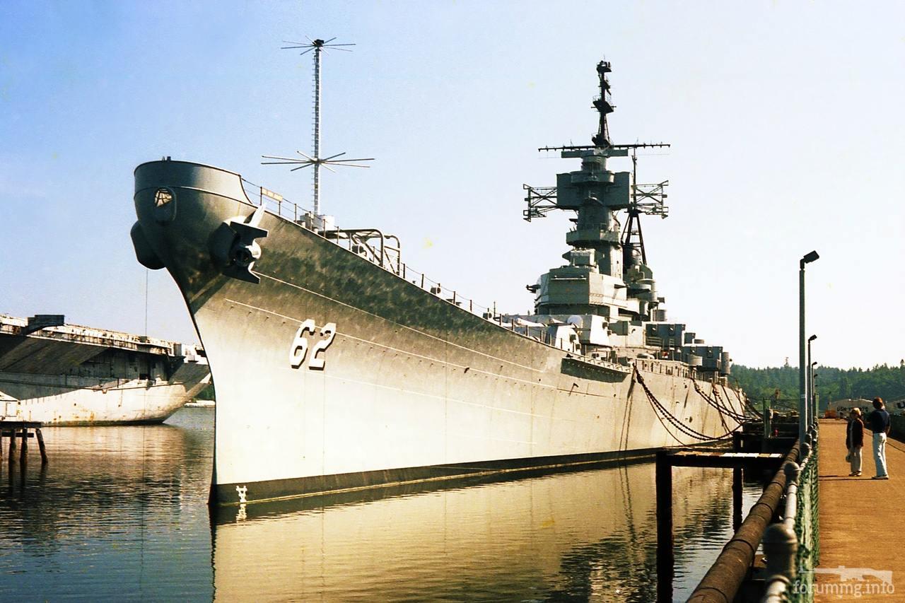 128224 - Линкор USS New Jersey (BB-62) на приколе в Бремертоне, 1980 г.