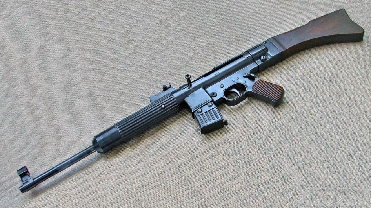 12826 - Sturmgewehr Haenel / Schmeisser MP 43MP 44 Stg.44 - прототипы, конструкция история