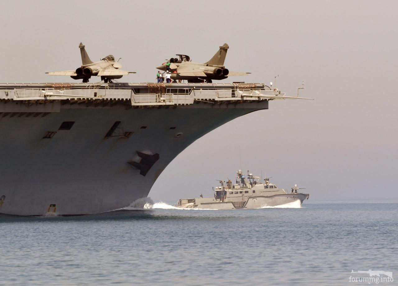 128845 - Два авианосца