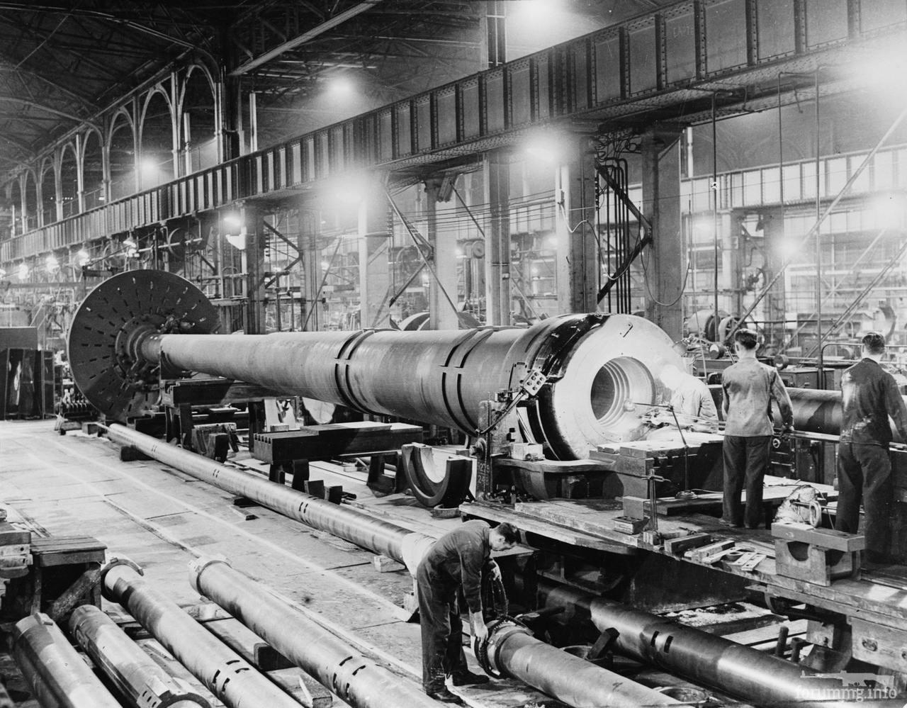 128860 - Корабельные пушки-монстры в музеях и во дворах...