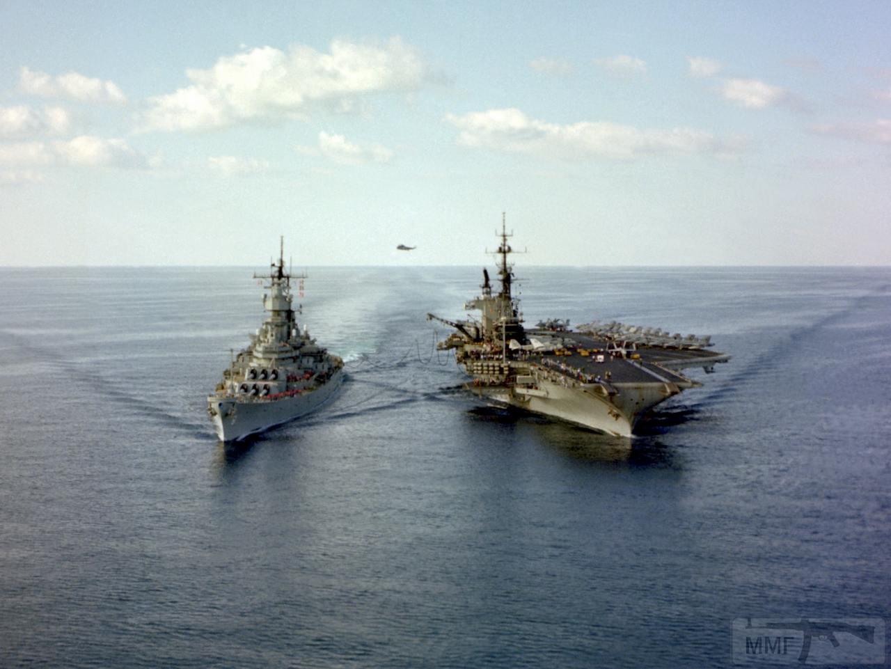 13223 - Два авианосца