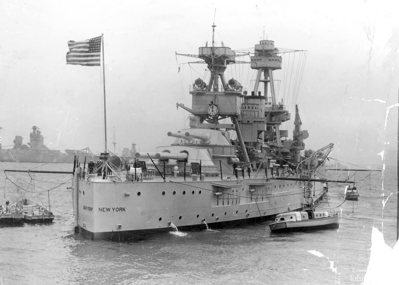 132300 - Линкор USS New York (BB-34) в Спитхеде, 20 мая 1937 г.