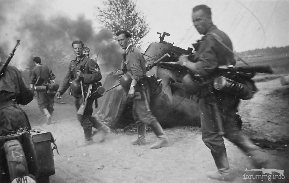 132414 - Военное фото 1941-1945 г.г. Восточный фронт.