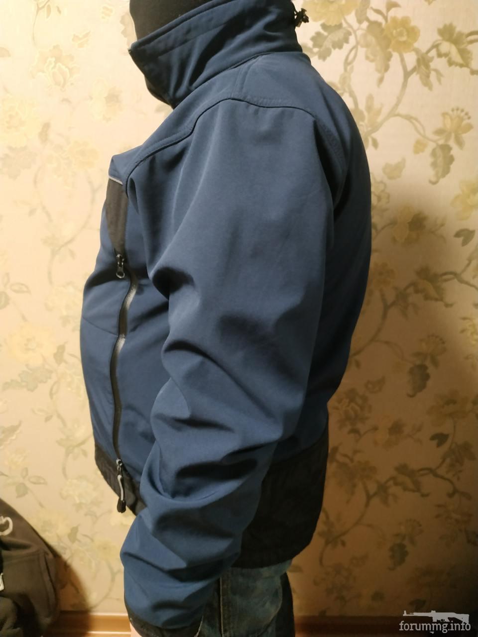 134174 - SoftShell куртка синього кольору