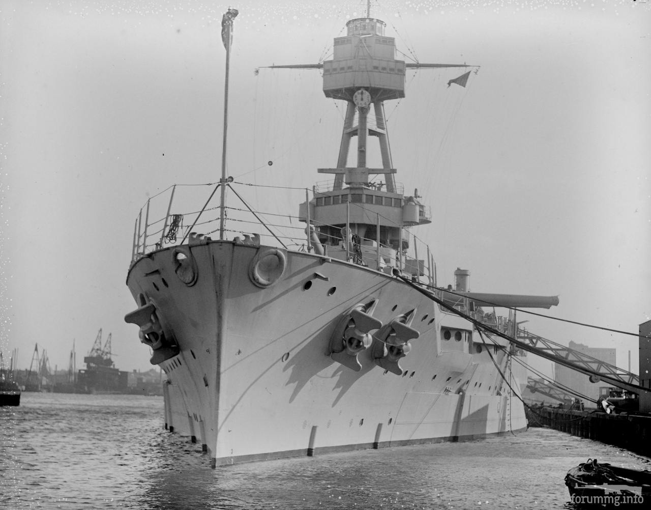 134256 - Линкор USS New York (BB-34) в Бостоне, 1 января 1930 г.
