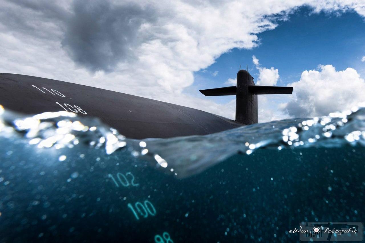 13505 - Атомные субмарины.