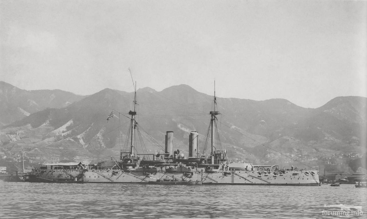 136001 - Эскадренный броненосец IJN Fuji в Куре, июнь 1905 г.