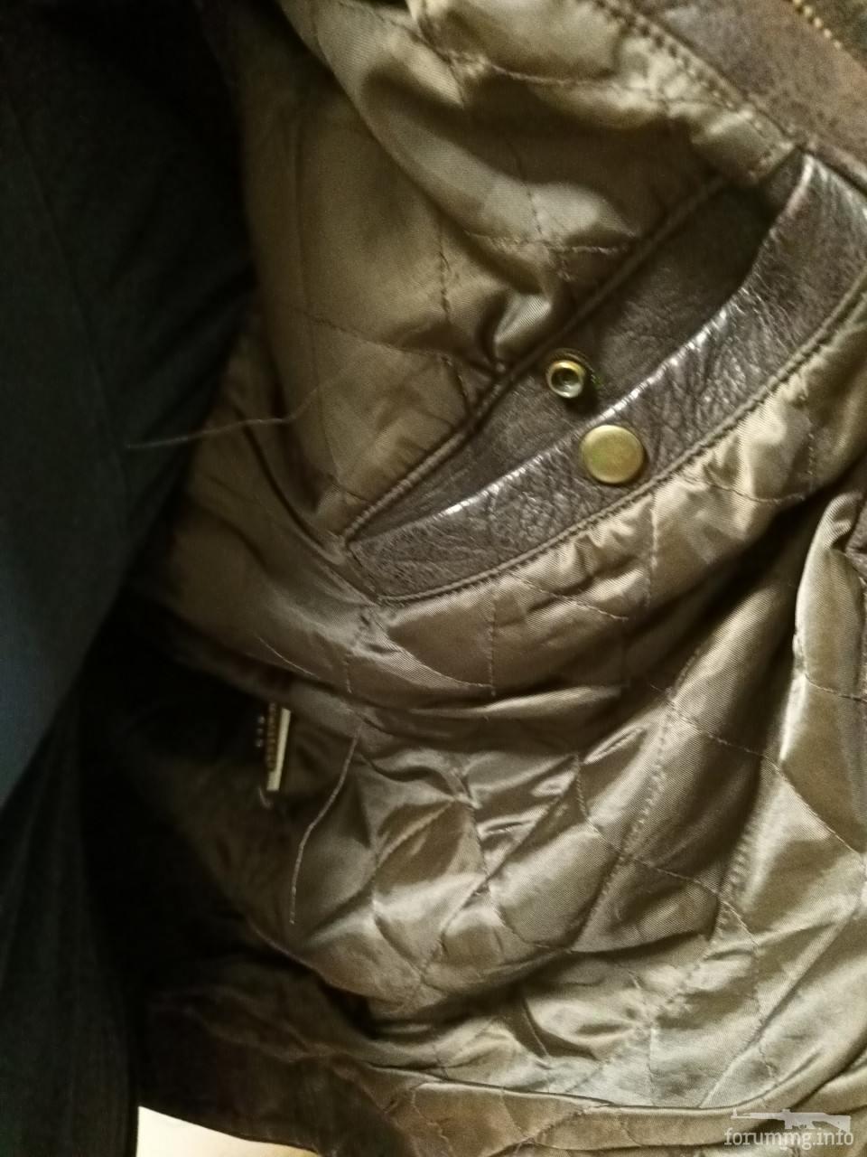 136512 - Шкіряна куртка коричневого кольору