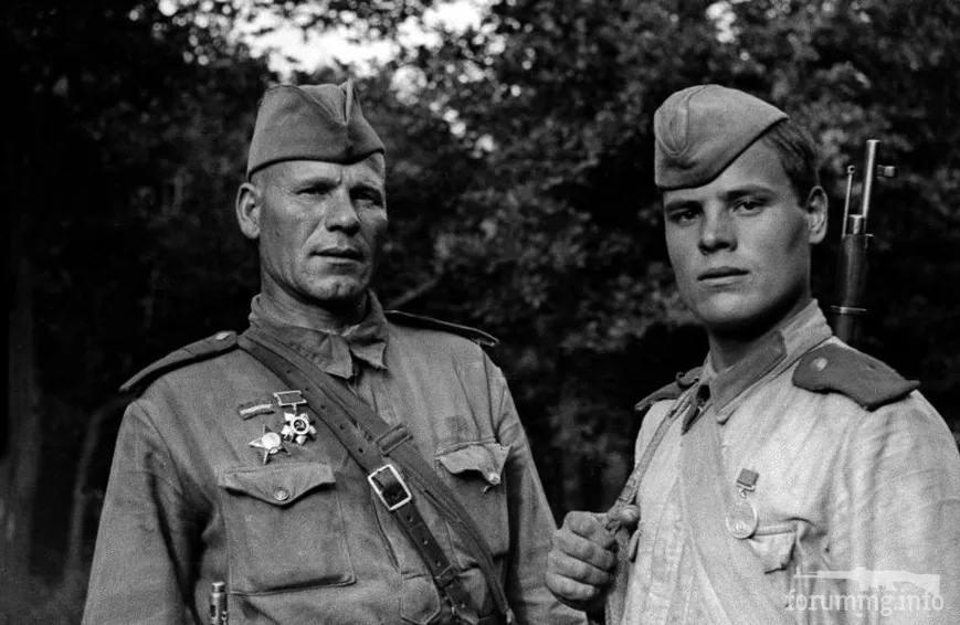 137377 - Военное фото 1941-1945 г.г. Восточный фронт.