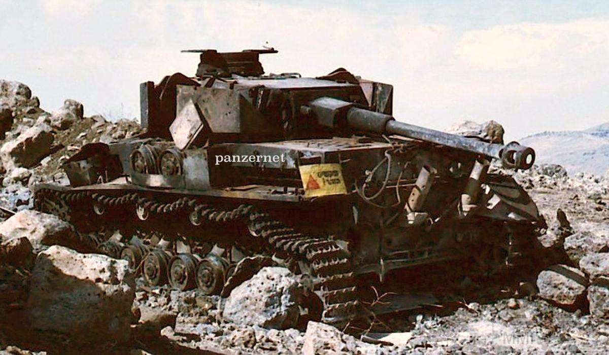 """13763 - Служба немецких """"коробочек"""" после войны..."""