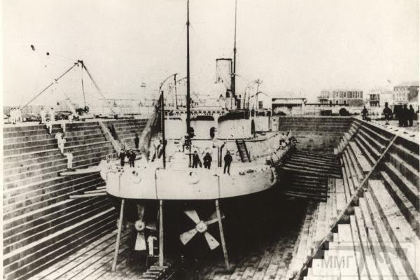 13797 - HMVS Cerberus в доке, 1874