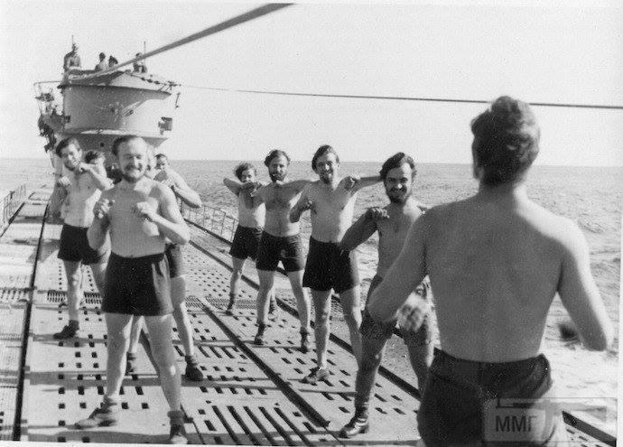 13905 - Волчьи Стаи - Германские подводные лодки двух мировых войн