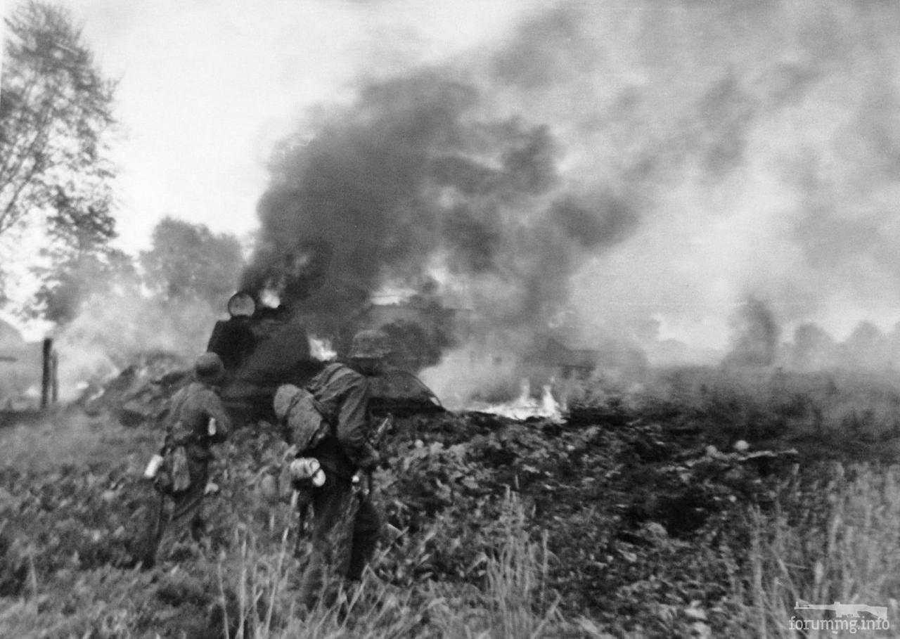 140074 - Военное фото 1941-1945 г.г. Восточный фронт.