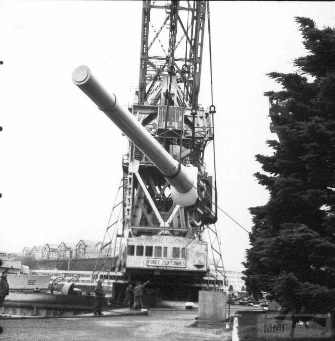 14015 - Корабельные пушки-монстры в музеях и во дворах...