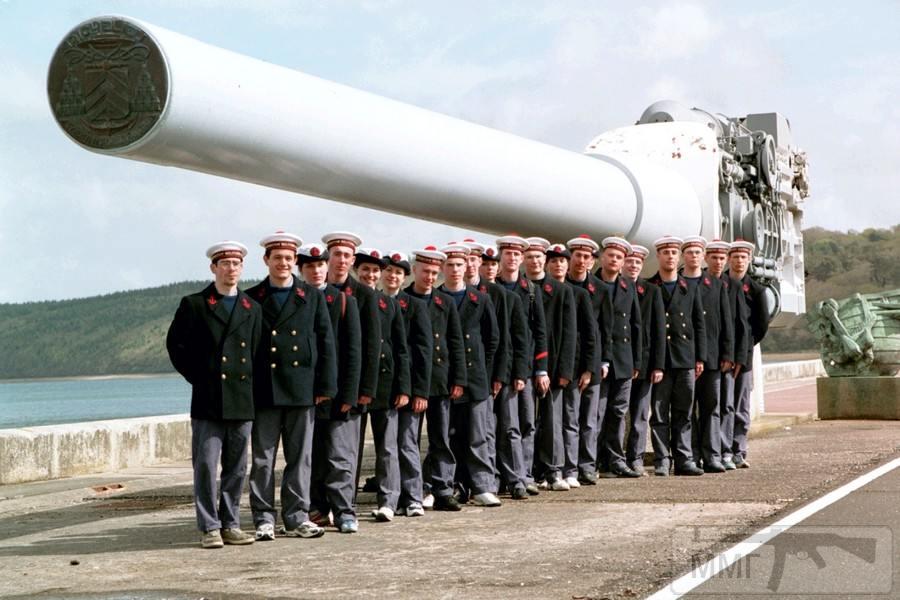 14017 - Корабельные пушки-монстры в музеях и во дворах...