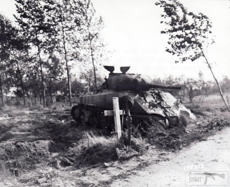 14207 - Военное фото 1939-1945 г.г. Западный фронт и Африка.