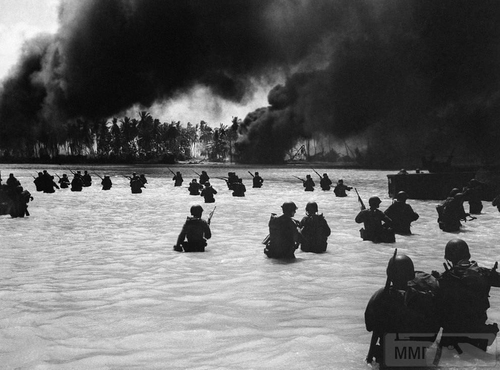 14230 - Военное фото 1941-1945 г.г. Тихий океан.
