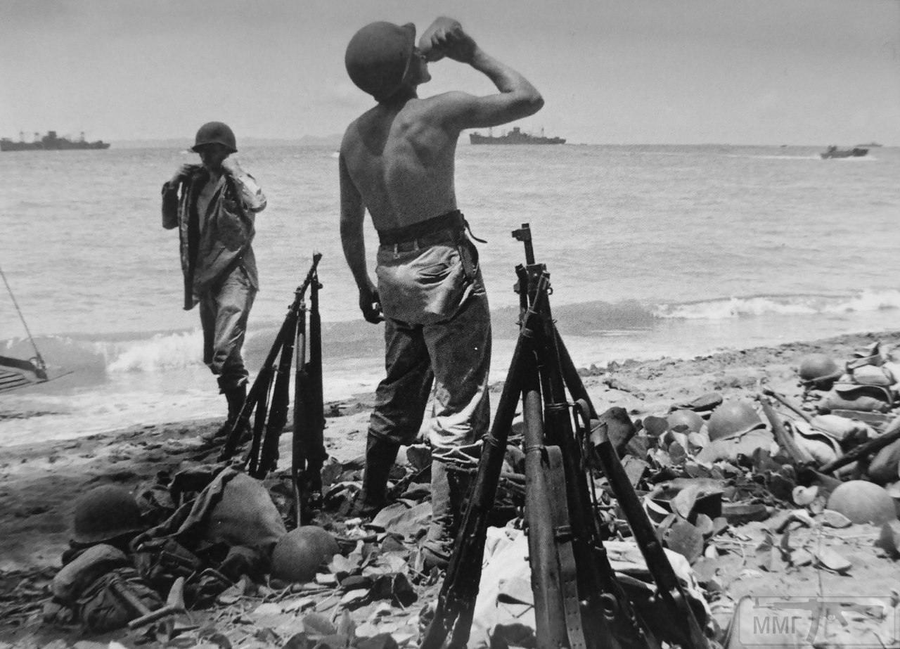 14232 - Военное фото 1941-1945 г.г. Тихий океан.