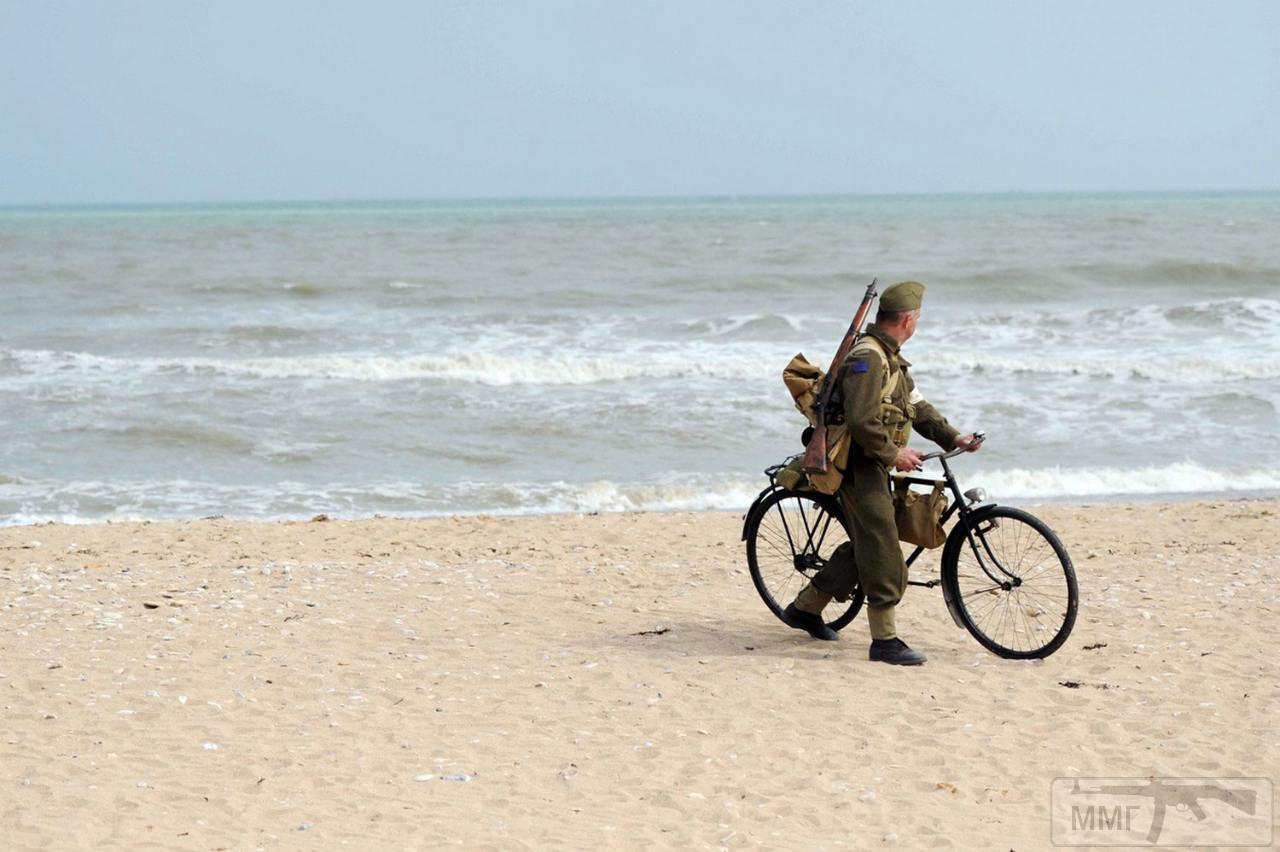 14261 - Франция, 6 июня 2013 года, во время празднования 69-й годовщины высадки в Нормандии.
