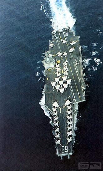 14285 - Два авианосца