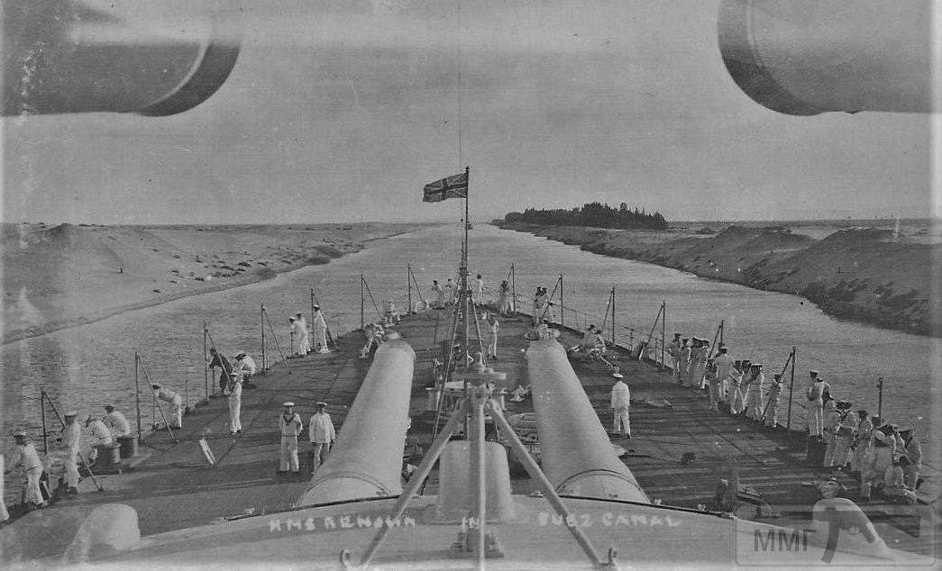 14329 - Линейный крейсер HMS Renown в Суэцком канале