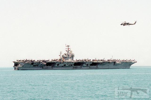 15025 - Два авианосца