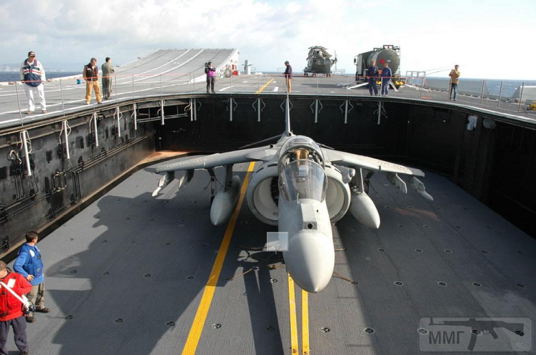 15029 - Два авианосца