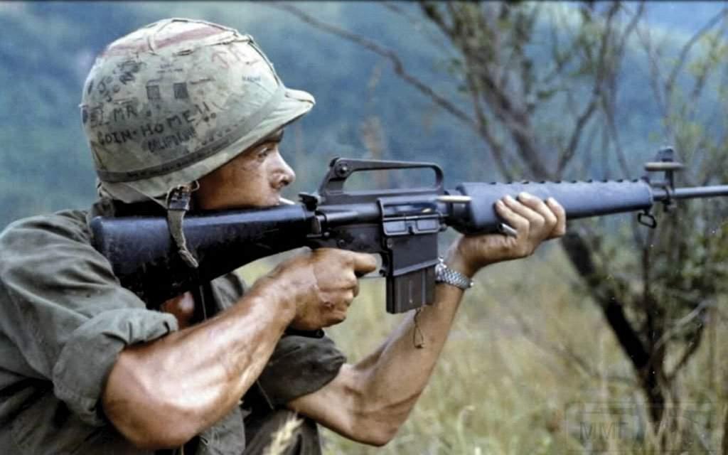 1525 - Семейство Armalite / Colt AR-15 / M16 M16A1 M16A2 M16A3 M16A4