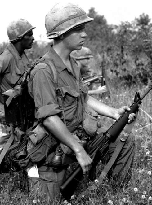 1528 - Семейство Armalite / Colt AR-15 / M16 M16A1 M16A2 M16A3 M16A4