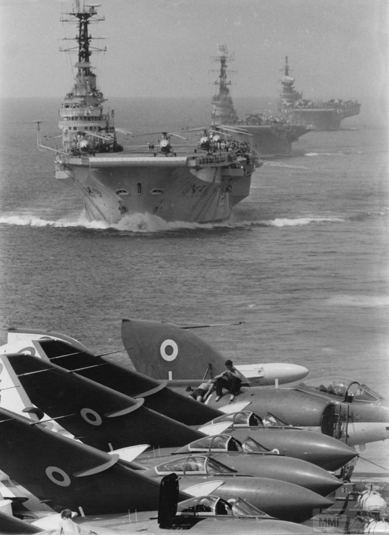 15304 - Два авианосца
