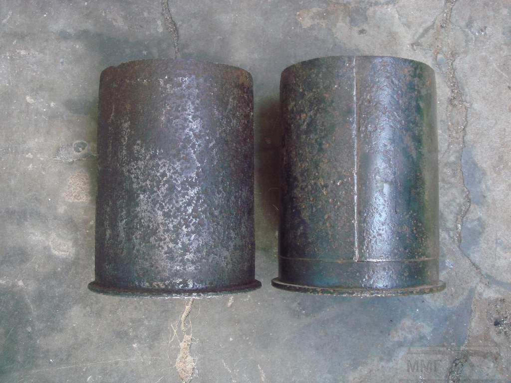 1569 - гильзы и остатки укупорки 105 мм(ганс)