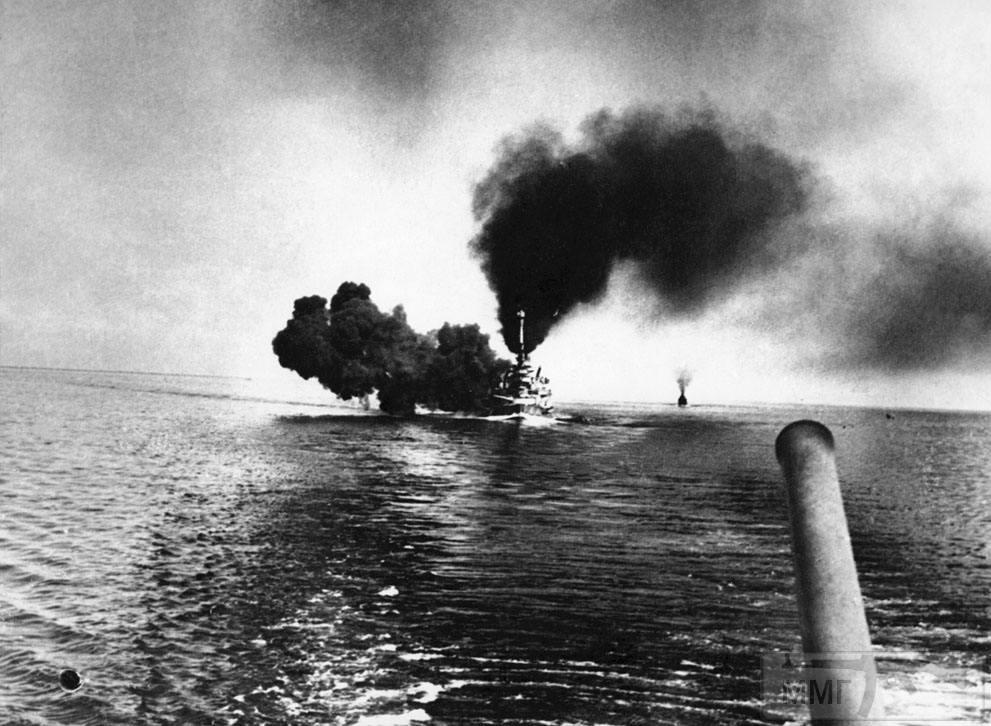 15734 - SMS Schleswig-Holstein ведет огонь 31 мая 1916 г.