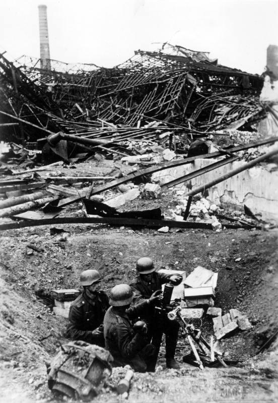 15906 - Военное фото 1941-1945 г.г. Восточный фронт.